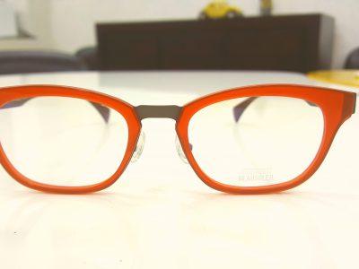 おしゃれに老眼鏡