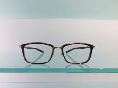 キャラが際立つメガネ その58~999,9 M-106