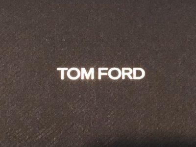 TOM FORD 5591が再入荷しました