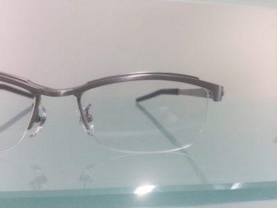 キャラが際立つメガネ その79~999,9 S-380T